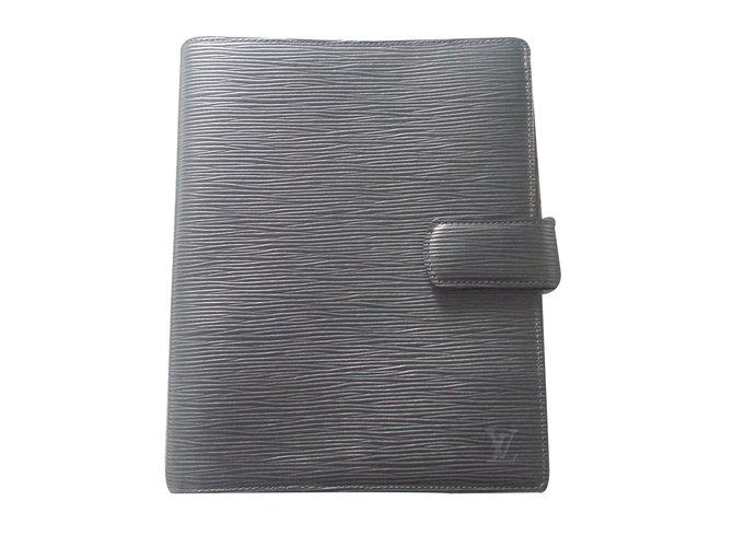 Petite maroquinerie Louis Vuitton Agenda fonctionnel GM Cuir Noir ref.22829 5b8eac800e2