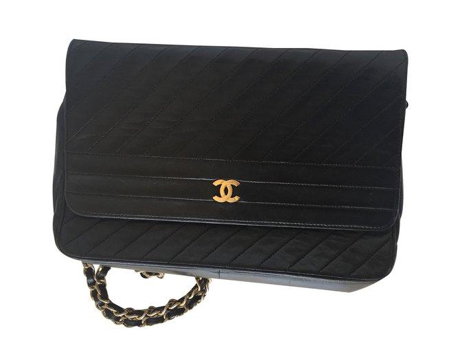 2601435a653 Chanel Handbag Handbags Lambskin Blue ref.22929 - Joli Closet