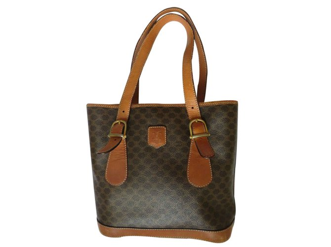 616baa16ff54 Céline Tote Totes Leather Brown ref.23259 - Joli Closet