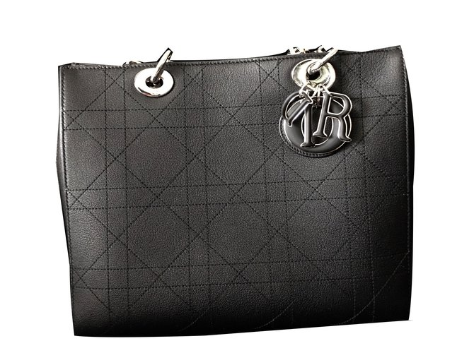 Sacs à main Dior Ultradior Cuir Noir ref.24206 - Joli Closet d414954db88