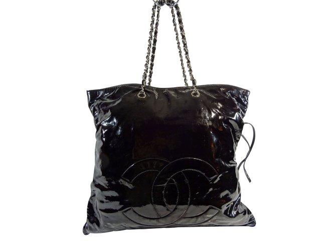 d0a44b81a852 Chanel Handbags Handbags Patent leather Black ref.24662 - Joli Closet