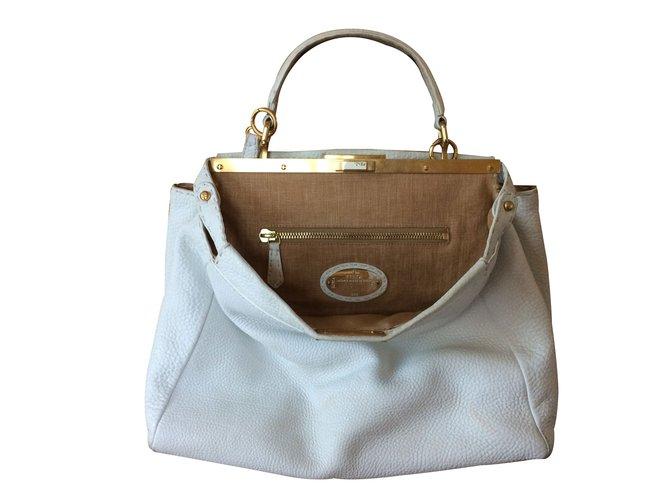 Fendi Handbag Handbags Leather White Ref 25558