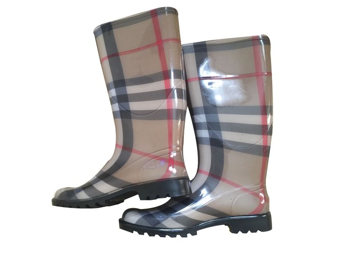 Burberry Boots Boots Other Multiple colors ref.26341