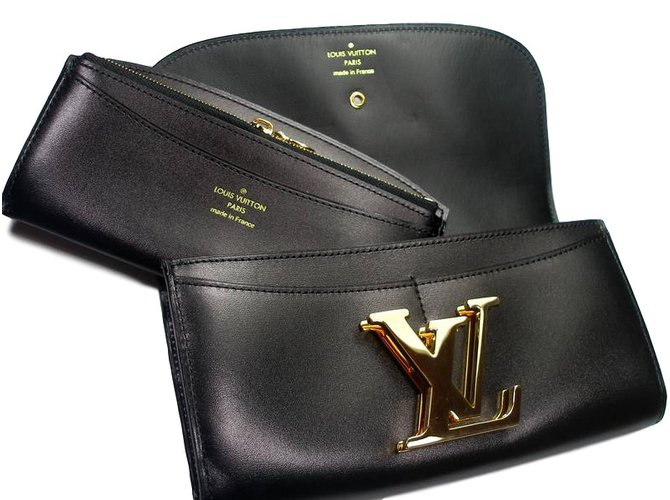 e53e07c83332 Louis Vuitton Vivienne Duo Purses