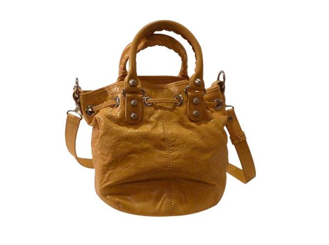 Balenciaga Giant 12 Mini Pom Pom Bucket Bag Handbags Leather Yellow  ref.27066 d658165467685