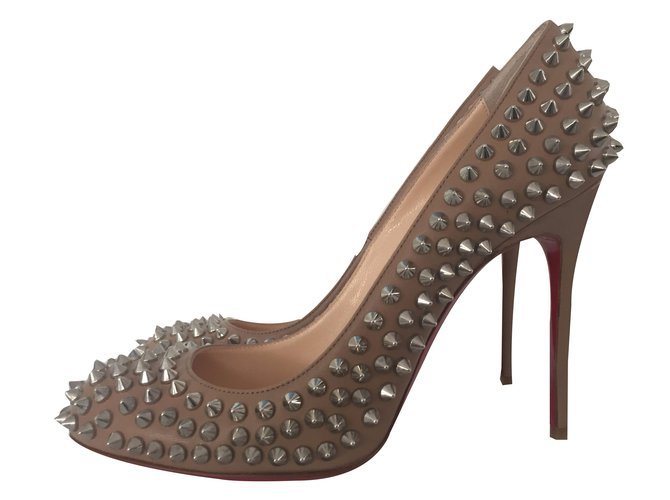pretty nice dbe10 01ca7 Heels