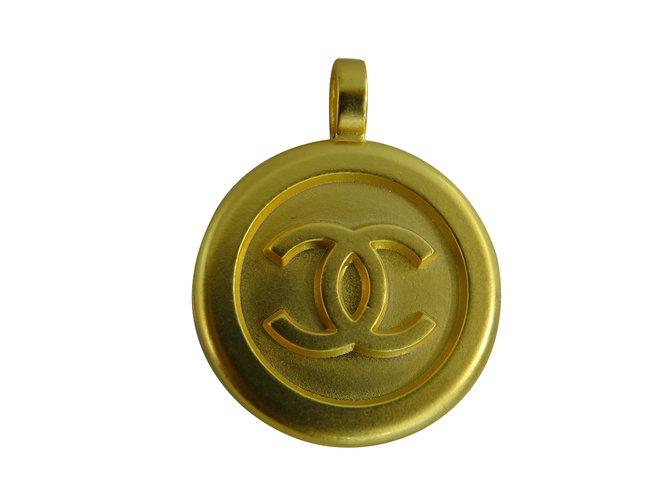 Chanel pendant pendant necklaces metal golden ref27705 joli closet chanel pendant pendant necklaces metal golden ref27705 aloadofball Choice Image