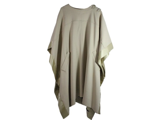 Chloé Cape Coats, Outerwear Cashmere,Wool,Elastane Beige ref.128139