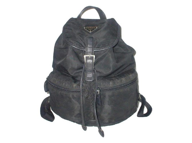 9c1f1ee5b941 Prada Backpack Bags Briefcases Leather,Nylon Black ref.29266 - Joli ...