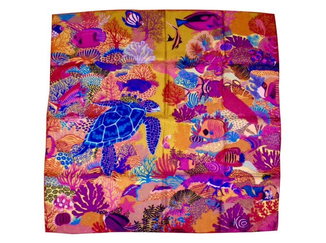 Foulards Hermès UNDER the WAVES Soie Multicolore ref.30113 - Joli Closet 51bd0ecc5a5