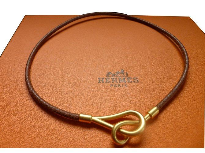 Colliers Hermès Collier cuir HERMES modèle jumbo plaqué or Cuir Caramel  ref.30220 abeb610e7fd