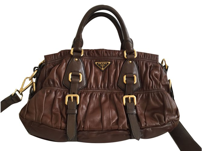 9be892808548 Prada Prada Nappa gauffre bag brown Handbags Leather Brown ref.30329 ...