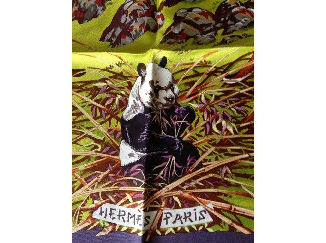 Carrés Hermès Carrés Soie Multicolore ref.30553
