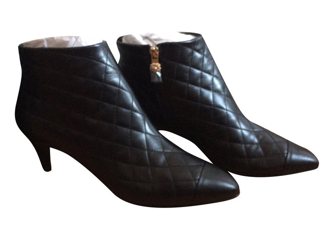 50a781c6e4 Ankle Boots