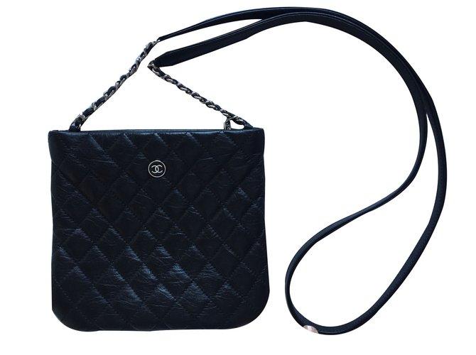 d4f73e5a0b84 Chanel Clutch bag Clutch bags Leather Black ref.31565 - Joli Closet