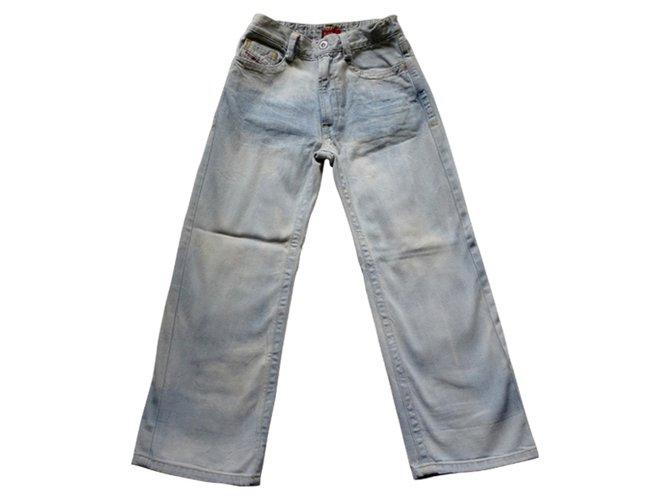 "Pantalons fille Levi's ""DIESEL INDUSTRY_DENIM DIVISION"". Jean Bleu ref.31744"