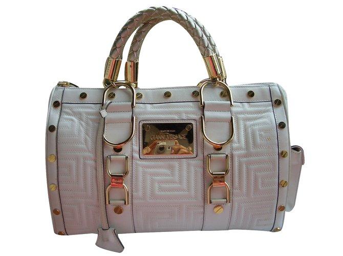 0c7d6e5d16d7f3 Gianni Versace Handbag Handbags Leather Cream ref.32645 - Joli Closet