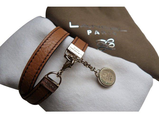 bijoux bracelet cuir lancel femme