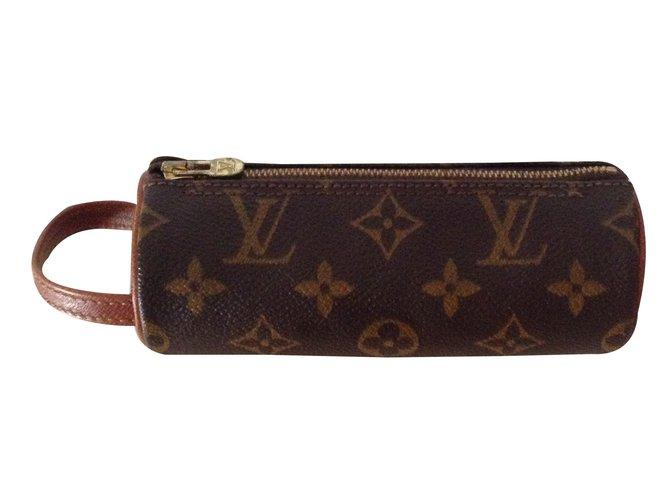 65ce4d1d7c49 Louis Vuitton Clutch bag Clutch bags Leather Brown ref.33721 - Joli ...