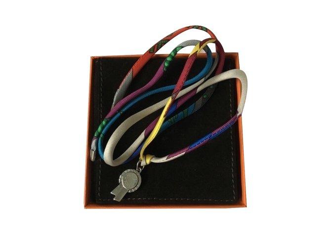 Colliers Hermès Lien hermès multicolore Soie Multicolore ref.33833 ... 1eab4e788a6