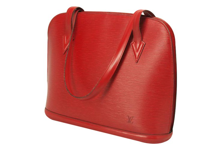 ad90759249 Sacs à main Louis Vuitton LUSSAC Cuir Rouge ref.33893 - Joli Closet