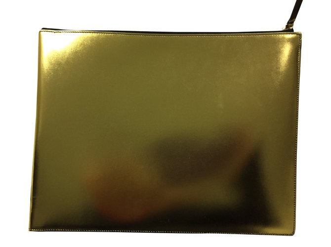 Céline Clutch gold Handbags Patent leather Golden ref.34096