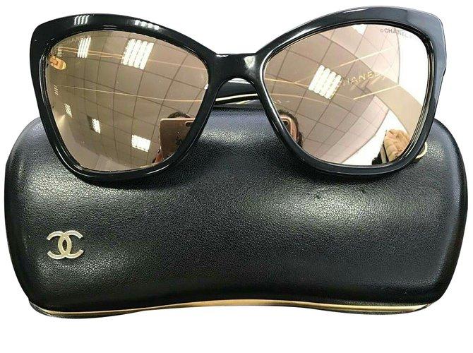 6dbc180b63 Chanel cat eye Sunglasses Plastic Black ref.34146 - Joli Closet