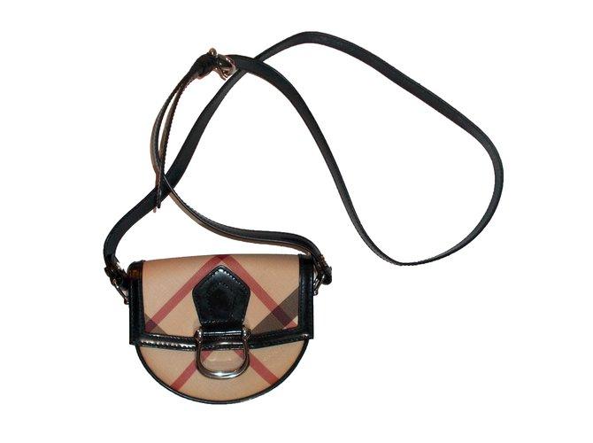 a9856b731f63 Burberry mini shoulder bag Clutch bags Patent leather