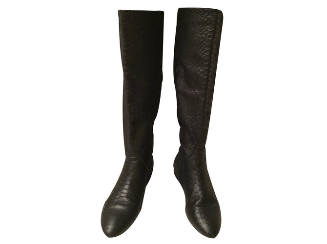a378830f176 Zara Boots Boots Leather Black ref.34884 - Joli Closet