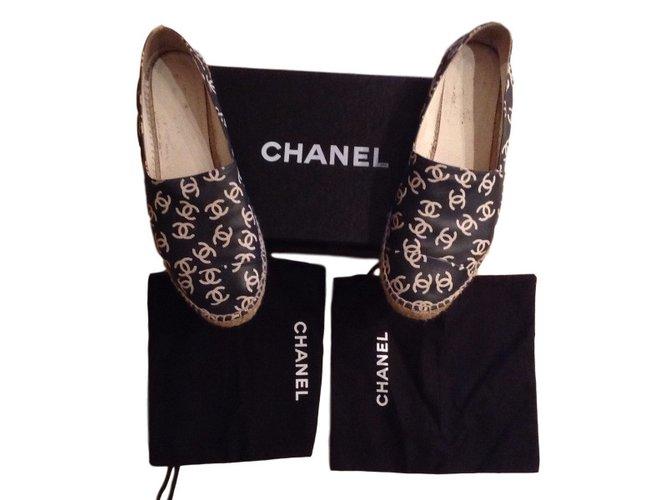Chanel Espadrilies Espadrilles Patent leather Black ref.35014