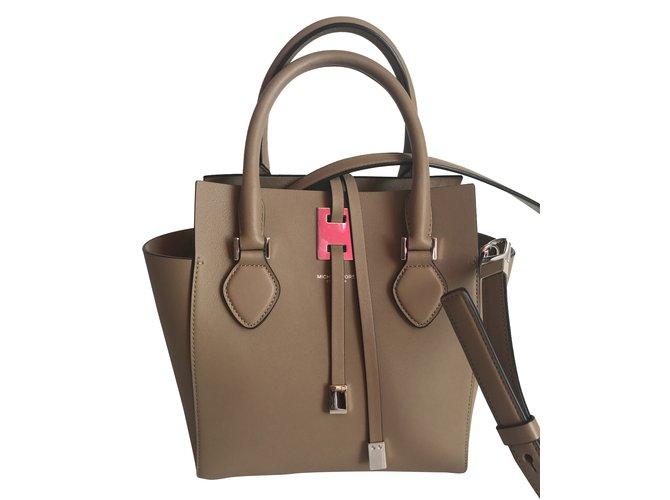 df30ede5a1c Michael Kors Miranda Tote XS color Dune Handbags Leather Taupe ref.35621