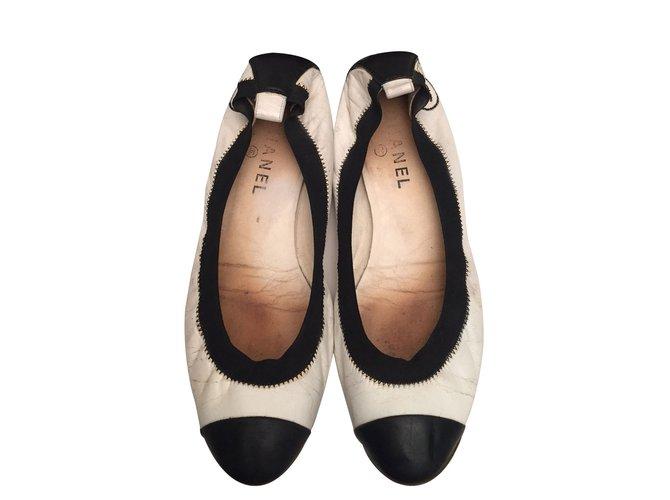 Chanel Ballerinas Ballet flats Leather Black 8534edd1fb