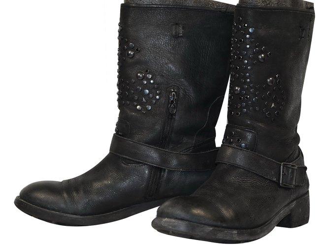 bottes ash ash bottes motard cuir noir joli closet. Black Bedroom Furniture Sets. Home Design Ideas