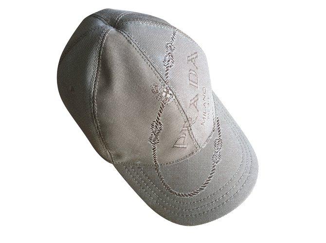 Chapeaux Prada casquette PRADA Polyester Beige ref.36115 - Joli Closet a37aff46b34