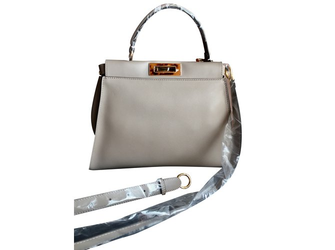 15dea6a0fa49b8 Fendi Peekaboo regular Handbags Leather Grey ref.36773 - Joli Closet