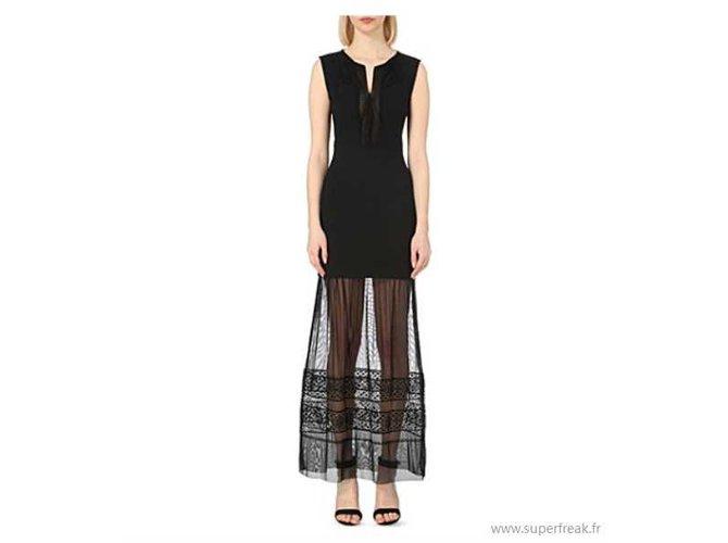 Robe longue dentelle noire maje