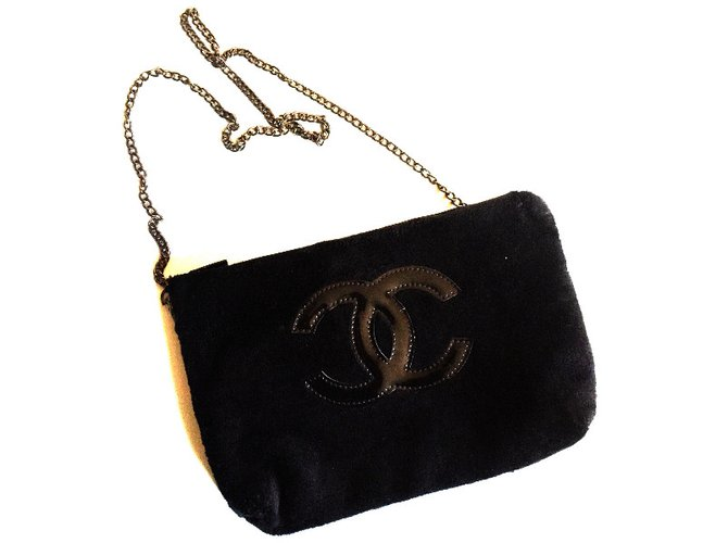 a05dab5d3c7a Chanel makeup pouch VIP gifts Other Black ref.36995 - Joli Closet