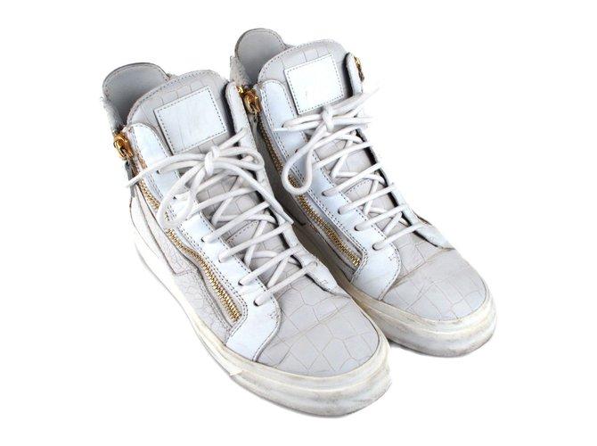 3d26acf19dae7 Baskets homme Giuseppe Zanotti Sneakers en cuir embossé Cuir Blanc ref.37199