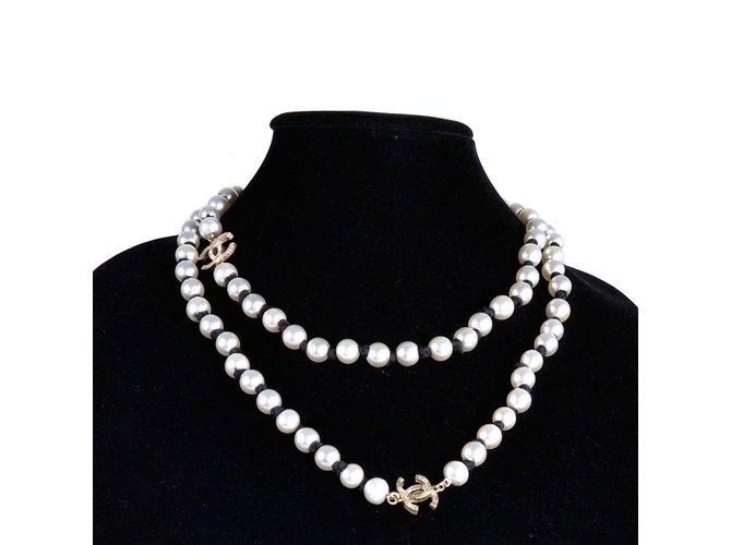 c97fb7ea94d2 Colliers Chanel 2016 Collier de défilé perles Autre Blanc ref.37200 ...
