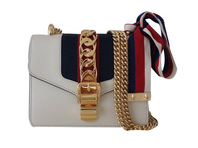 f27ef500b9ae Sacs à main Gucci SAC GUCCI SYLVIE Cuir Blanc ref.37839 - Joli Closet