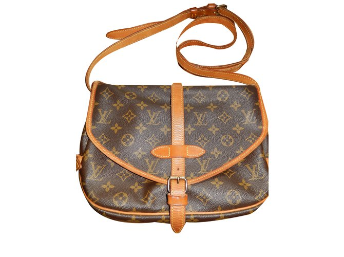 Sacs à main Louis Vuitton Sac Saumur Louis Vuitton Toile Marron ref.38238 4c279aa1dda