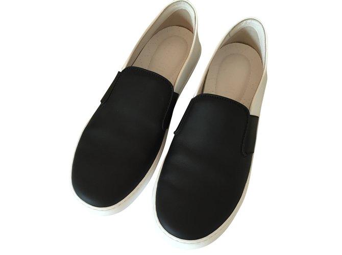 28de603bcc7 Chanel Loafers Flats Lambskin Black
