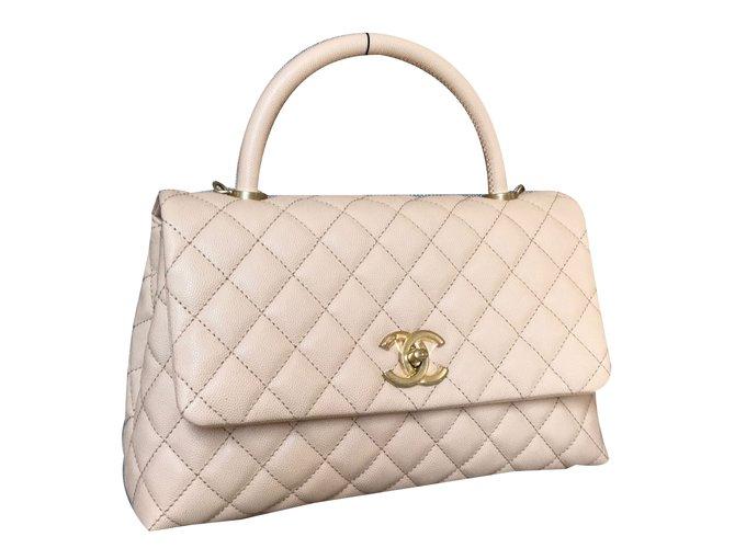b81b4f40cdc8 Chanel Coco Handle Handbags Leather Beige ref.38563 - Joli Closet