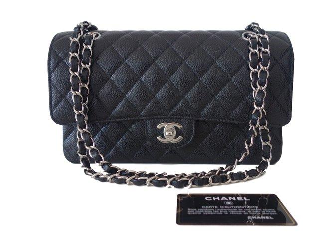 Chanel Classic Chanel Handbags Leather Black ref.38607 - Joli Closet af7b03704552c