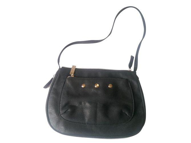 cbee8848e86 Yves Saint Laurent Handbag Handbags Cloth Black,Red ref.38674 - Joli ...