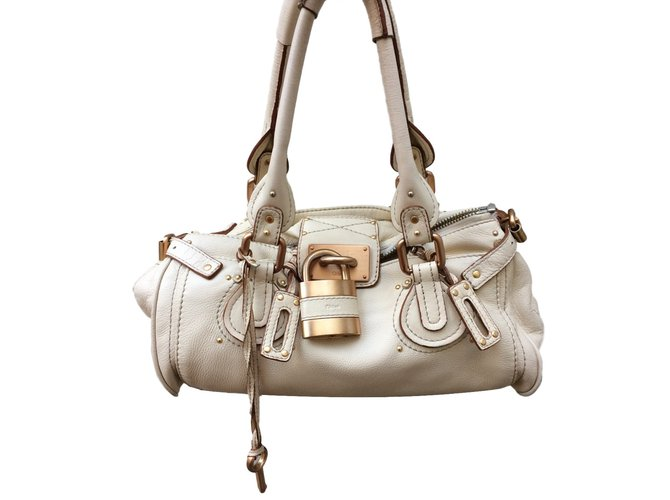 4ed19feee Chloé Paddington Handbags Leather Beige ref.38862 - Joli Closet