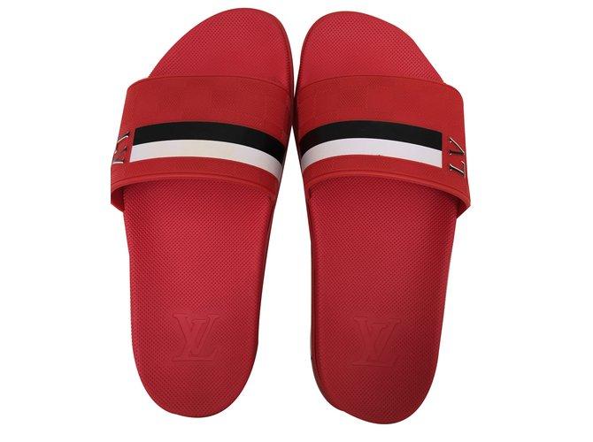 b0f422804879b0 Louis Vuitton Waterfront Men Sandals Rubber Red ref.39549 - Joli Closet