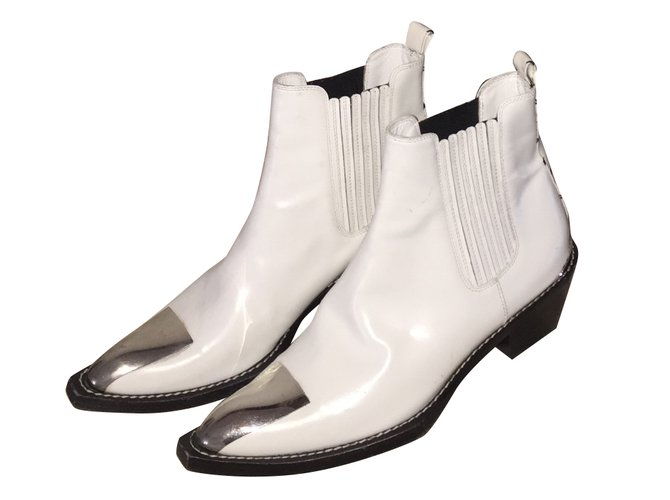 799a75e47e36 Louis Vuitton Cosplay Ankle Boots Patent leather