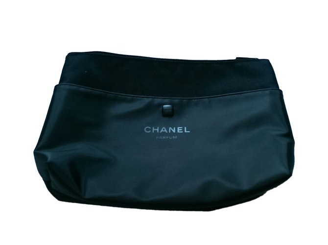 d1a0d6b3c035 Chanel Purse, wallet, case VIP gifts Other Black ref.40166 - Joli Closet