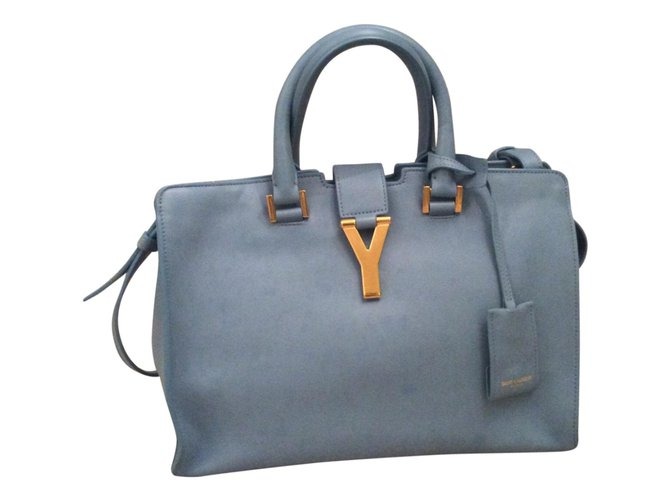 Sacs à main Yves Saint Laurent Sac Chyc medium Cuir vernis Bleu ref.40449